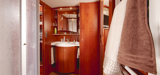 2010 Concorde D-Liner Bathroom Area