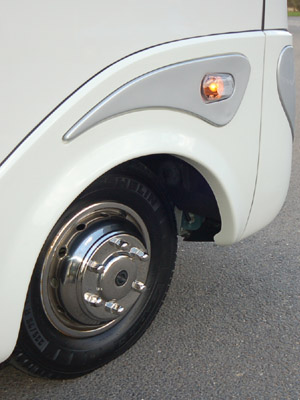 Southdowns Euroliner Stainless Steel Wheel Trims For