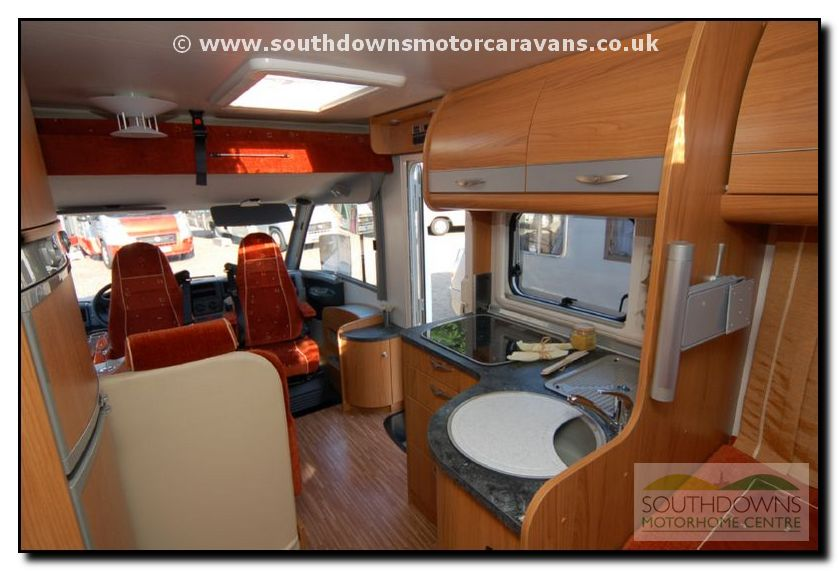 see lots more photo galleries of new and used motorhomes for sale: www.southdownsmotorcaravans.co.uk/galleries/2008buerstner...
