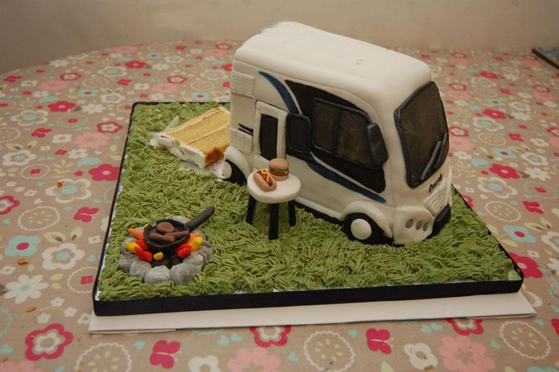 Perfect Fifth Wheel RV Motorhome Cake  CakeStoriesca