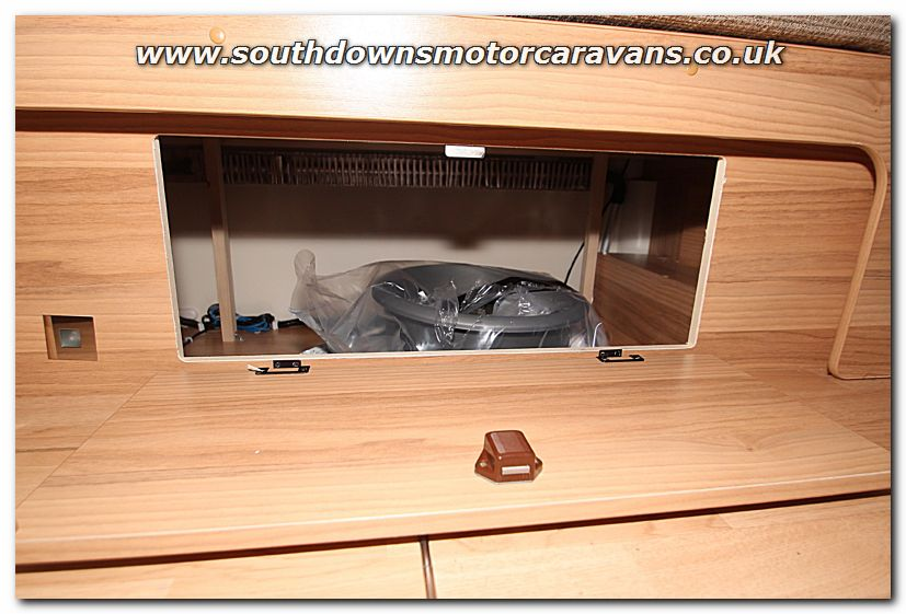 Wonderful Southdowns | New 2015 Bailey Approach Autograph 740 Low-Profile Motorhome N100309 Photo Gallery