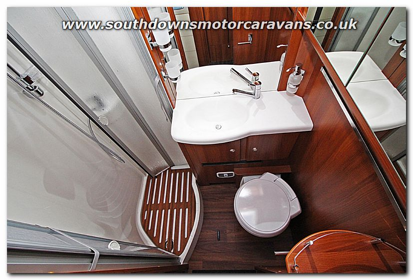 Southdowns New 2016 Carthago Chic E Line I 51 Yachting