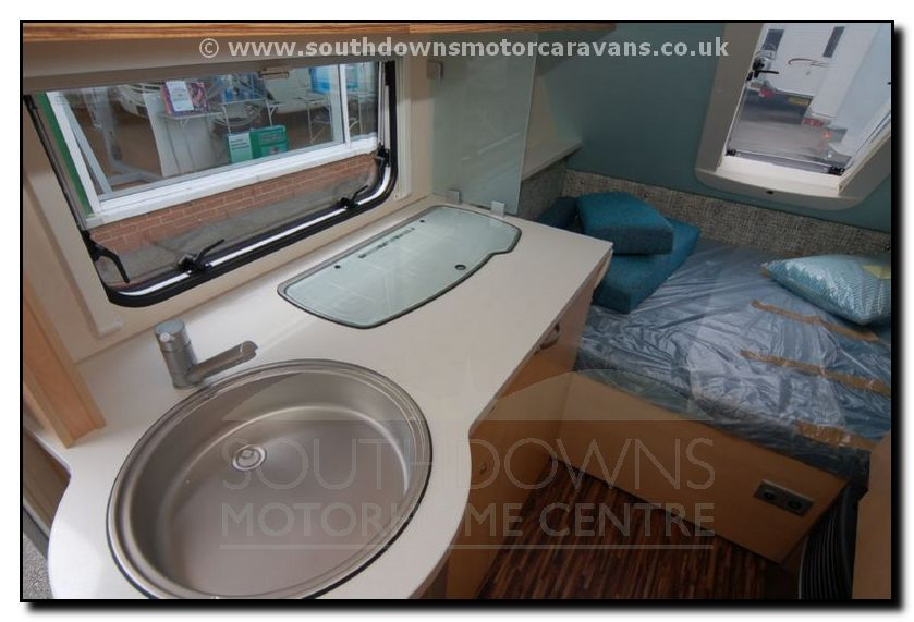 Southdowns | New Tab Tab 400 L Caravan N1436 5/17 Photo Gallery: www.southdownsmotorcaravans.co.uk/stock/1436/motorhome-pages/new...