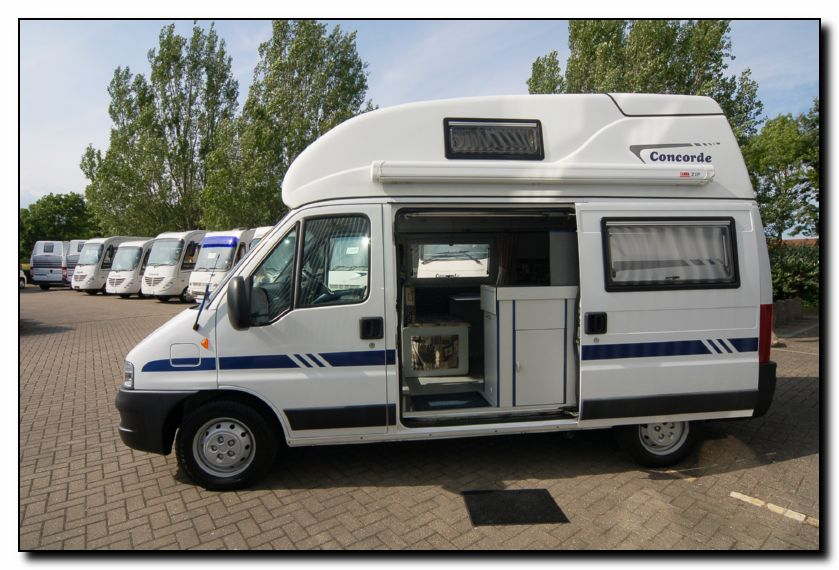 Southdowns used concorde compact motorhome u1664 11 47 for Used small motor homes