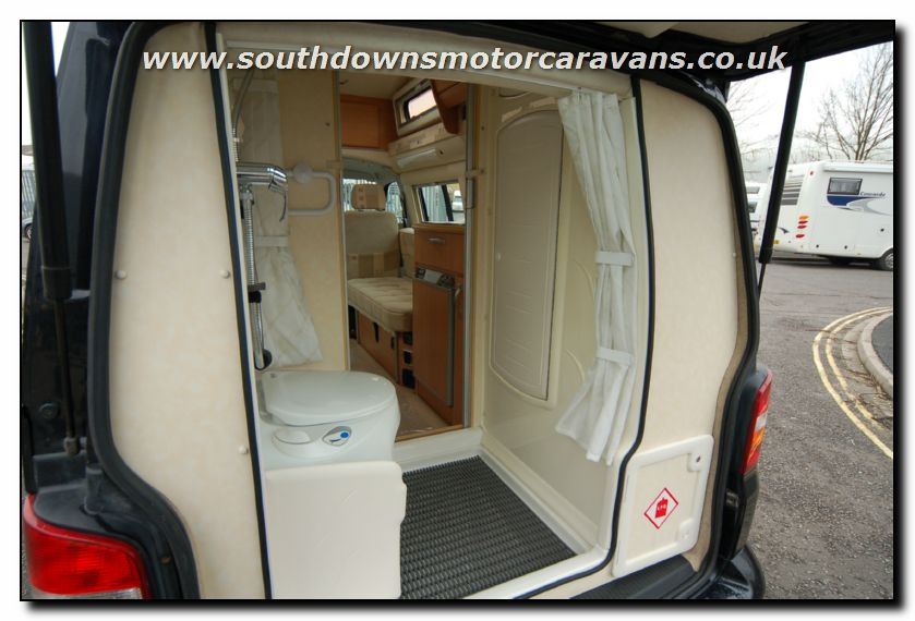 Southdowns used autosleeper topaz motorhome u1856 for sale 8 32 photo gallery