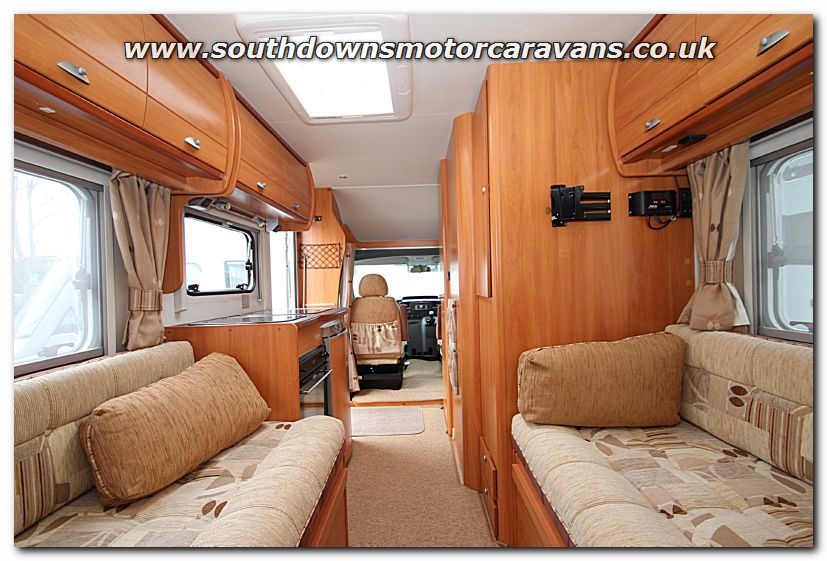 Southdowns used home car xs 22 ford transit swb 2 2l for Car house