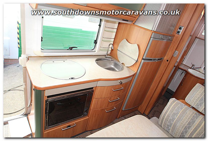 28b61094e4722c ... Click to enlarge the picture of Used Hymer B564 Fiat 2.8L A-Class  Motorhome