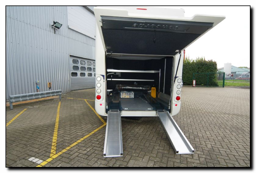 Southdowns new concorde d liner 890g smart garage for Rv with car garage for sale