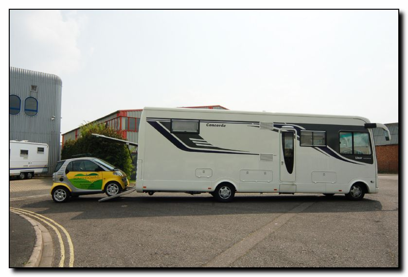 Southdowns New Concorde D Liner 890g Smart Garage