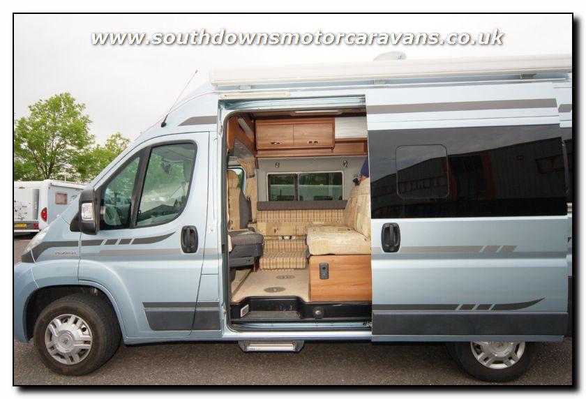 Southdowns | Used Autosleeper Dorset ES Motothome U2373 8/51 Photo Gallery