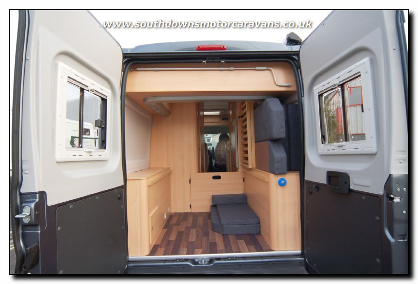 See lots more photo galleries of new and used motorhomes for sale on ...: www.southdownsmotorcaravans.co.uk/stock/2386/new-knaus-box-star-600...