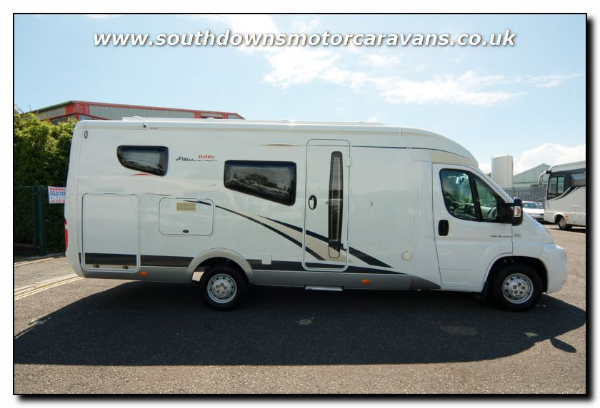 dc4aca4a140 Southdowns | Used Hobby Van Exclusive DL550 GESC Motorhome U2559 4 ...