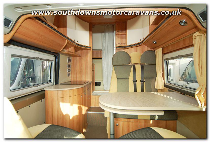 Southdowns New Globecar Vario 499 Motorhome N2691 Photo