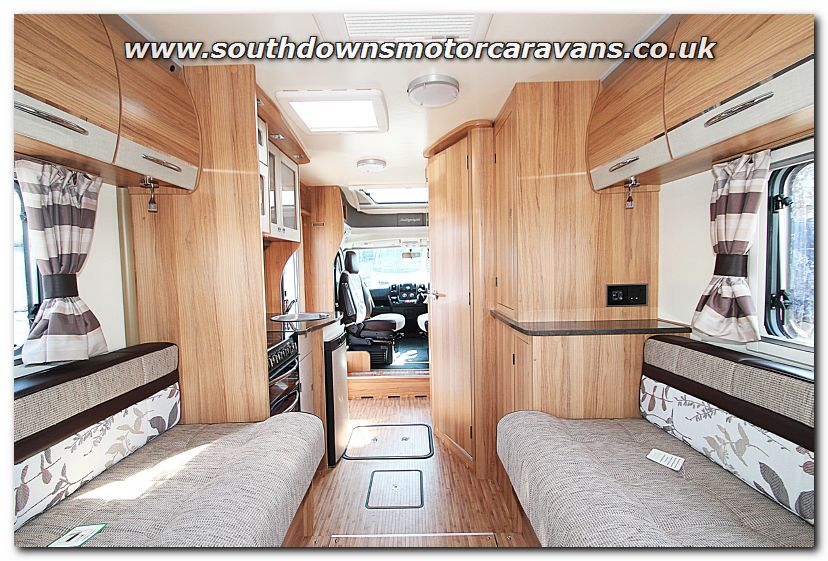 Luxury Southdowns | New 2014 Bailey Approach Autograph 625 Low-Profile Motorhome N2930 Photo Gallery
