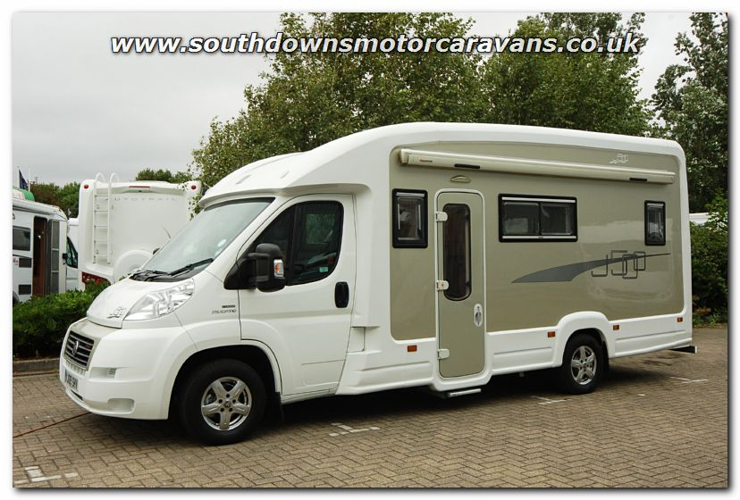 Click To Enlarge The Picture Of Used IH J500 Van Conversion Motorhome U2948 4 67