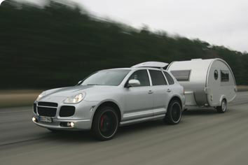 The World Record Breaking T@B Caravan with Porsche Cayenne